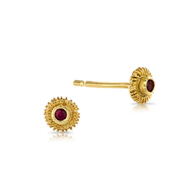 Tresor Ruby Red Gold Stud Earrings
