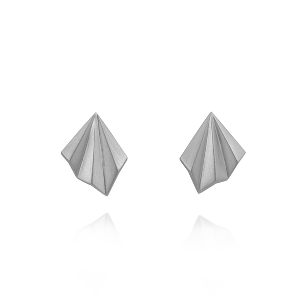 Alice Barnes EC One Silver pleated studs