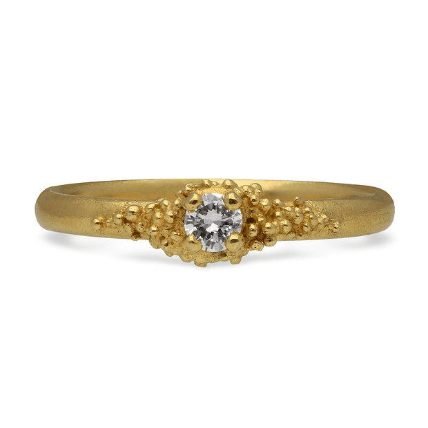 Single Diamond Cluster Ring Yellow Gold
