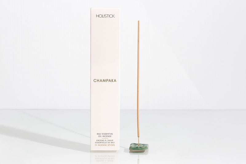 Champaka essential oil incese. Comes with 15 incense stick and 1 holder.