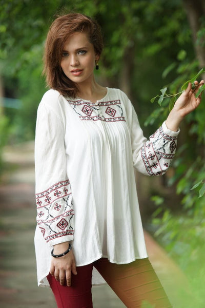 Avani Del Amour Pretty in Paisley Embroidered Tunic
