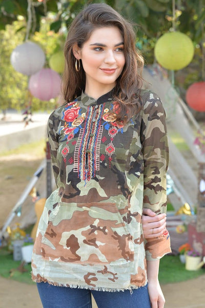 Avani Del Amour TOP Cool In Camo Embroidered Top