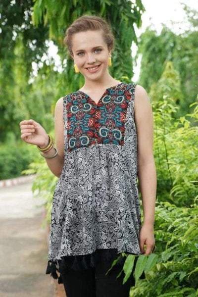 Avani Del Amour TOPS Paisley Print Sleeveless Top