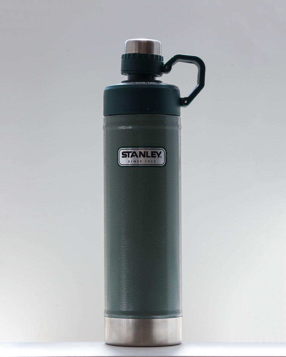 Classic Drink Bottle / 750ml / Stanley