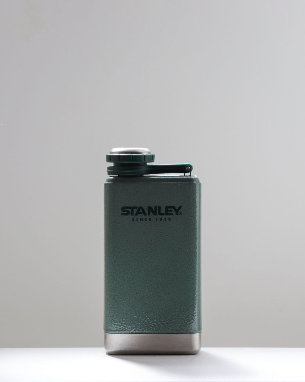 Classic Flask / 473ml / Stanley