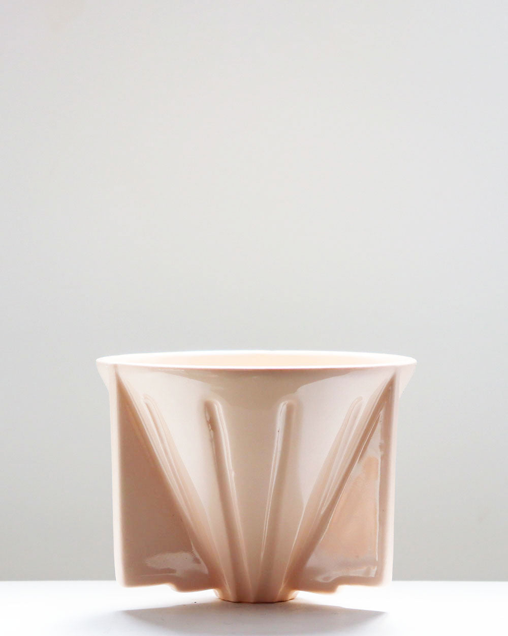 Coffee Dripper / Pink / Taus Ceramic