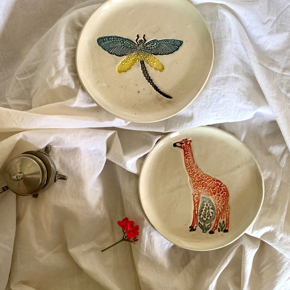 Dragonfly and Giraffe Plates - Set of Two 6.5