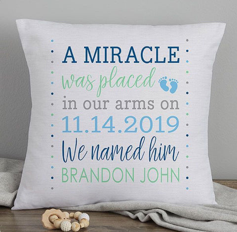 Personalised text baby pillow - Idee Kreatives