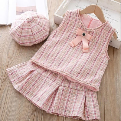 FG215 : 3Pcs set of Fashion Kid Outfits (beige/pink)