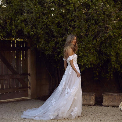 CW86 Plus size Lace Off the Shoulder boho Wedding Gowns