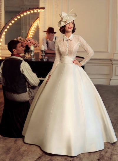 Vintage Plus size high neck long sleeve Ball Gown Wedding Dress