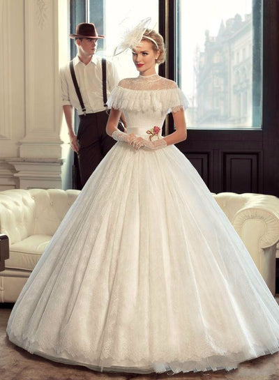 CW216 Vintage high neck Wedding Gowns