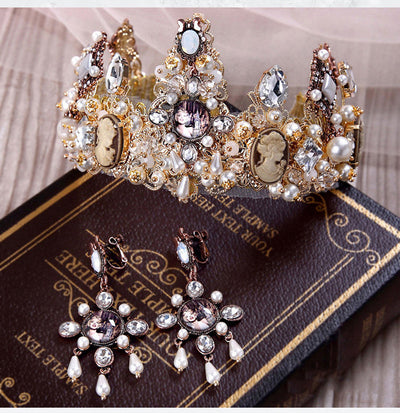 BJ101 Set of Vintage Bridal Jewelry (Tiara and Earring )