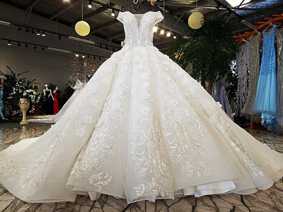 Glamorous off shoulder sweetheart ball gown lace up wedding dress