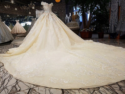 Luxury off shoulder sweetheart ball gown wedding dress