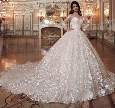 Scalloped Neck Ball Gown Wedding Dress with chapel train