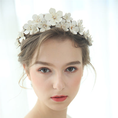 BJ175  Handmade flower Rhinestone Bridal crown