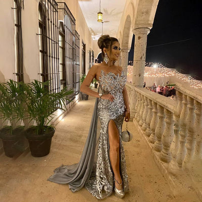 Sweetheart neckline mermaid Evening gown with cape