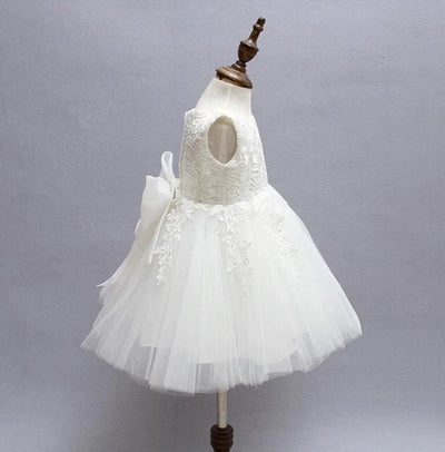 FG89 White sleeveless Tulle with big bow flower Girl dress