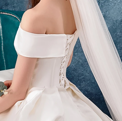 CW251 High quality simple satin Wedding dress with pocket