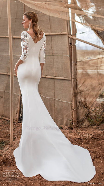 CW447 : 3/4 sleeves minimalist mermaid wedding Gowns