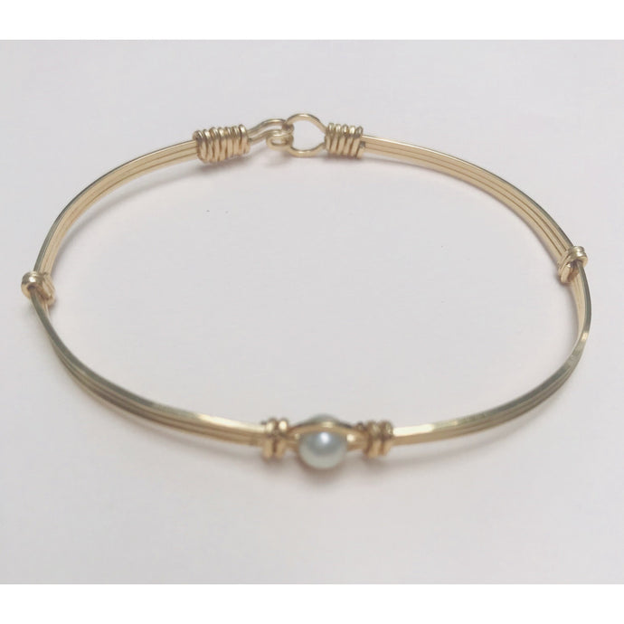 Custom Hand Crafted 14K Gold Filled Wire Bracelet with Fresh Water Pearl