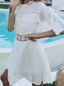 White Sexy Round Neck Flare Sleeve Daisy Splicing Lace Mini Open Back Dress