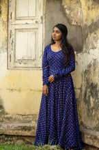 Load image into Gallery viewer, Dreamy Bandhini Blue