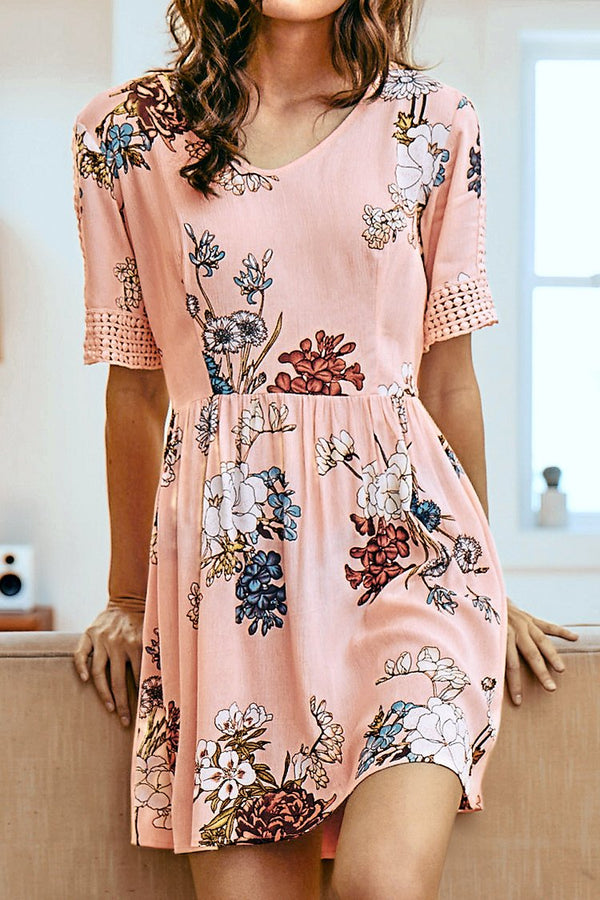 Pink Floral Print Lace Stitching Dress