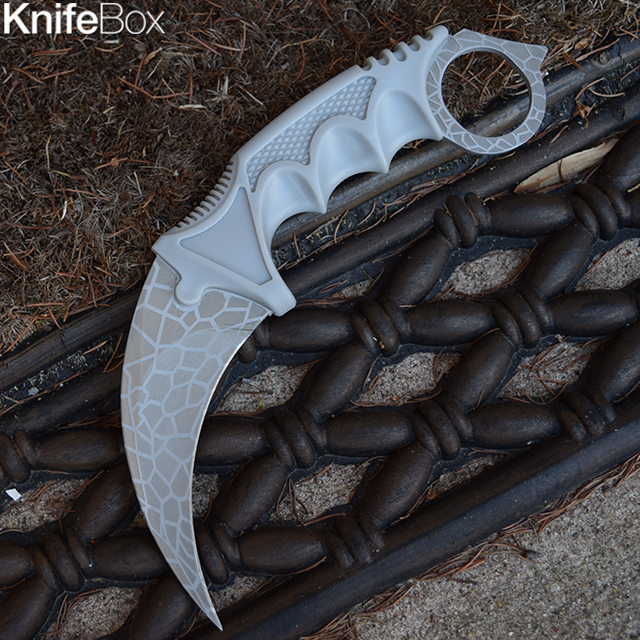 Gray Spider Web Karambit - January Gamers KnifeBox 2017