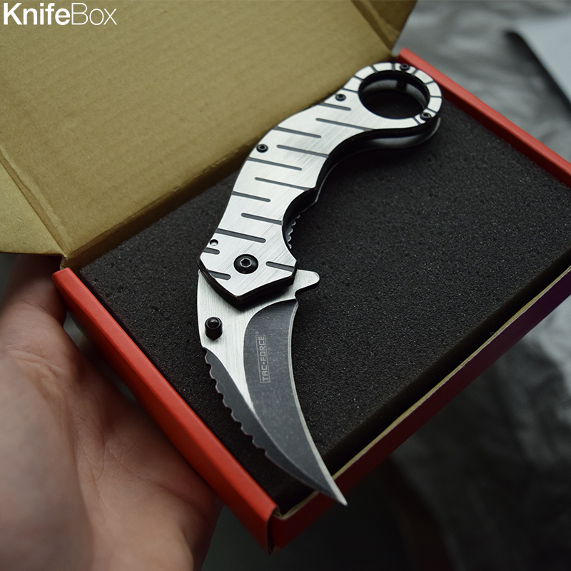 Silver Karambit Claw - July KnifeBox 2017