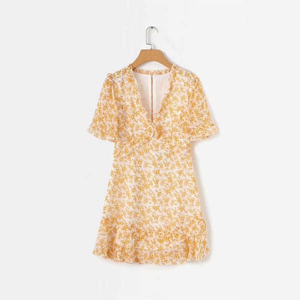 Sweet v collar floral printed shift dress