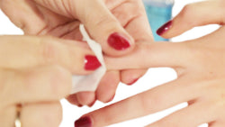 Rub on Prep&Shine after curing to make nails shine