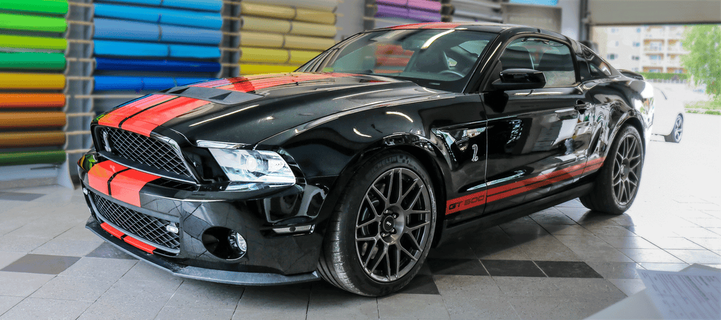 Mustang Shelby GT500 Racing Stripes Side Front View