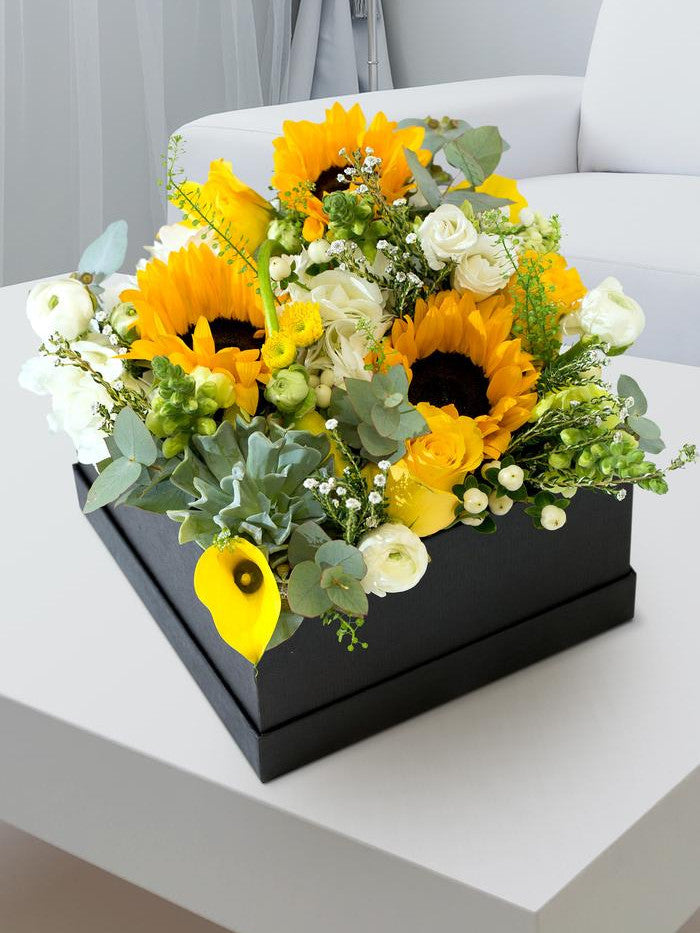 Sunshine Luxury Flower Hatbox