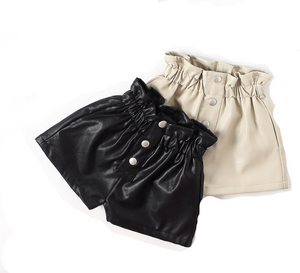 LOLA LEATHER SHORTS