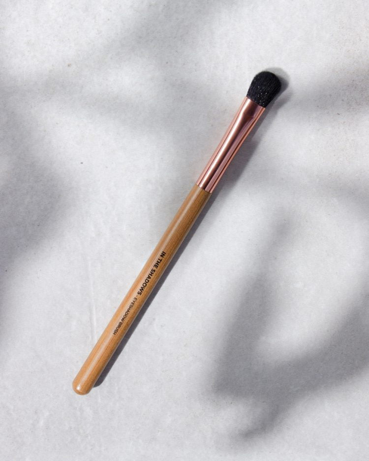 In The Shadows Eyeshadow Brush
