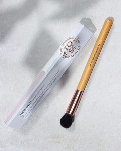 Clean Sweep Eyeshadow Brush