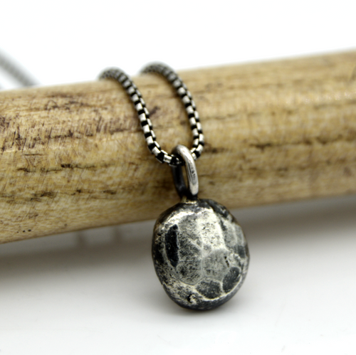 Faceted Pebble Necklace