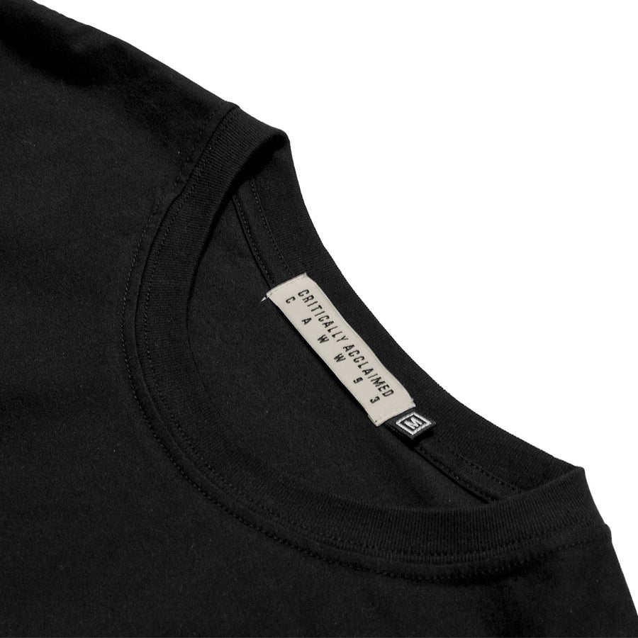 Basic Black Longsleeve T-Shirt