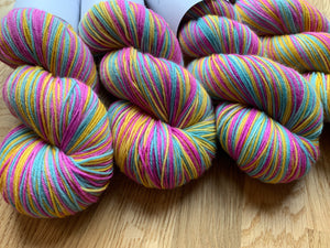 Warders wool ball
