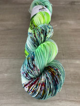 Load image into Gallery viewer, The foundry works exclusive - Sting by Dye candy - hardcore DK!