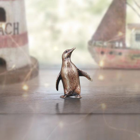 Butler & Peach Miniatures - Penguin