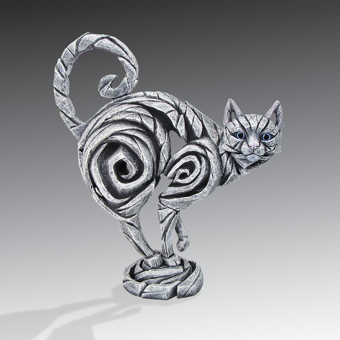 Edge Sculpture Cat - White