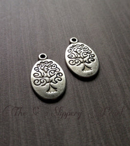 Tree of Life Charms Silver Pendants Oval Tree Charms Antiqued Silver Stamped Tree Charms Silver Tree Charms Double Sided 10 pieces