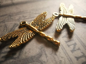 Dragonfly Charms Antiqued Gold Charms Dragonfly Pendants Insect Charms Bug Charms Garden Pendants 4 pieces