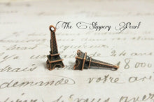 Load image into Gallery viewer, Eiffel Tower Charms Pendants Antiqued Copper Charms 24mm 100 pieces Paris Charms France Charms BULK Charms Wholesale Europe Charms