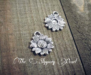 Sunflower Charm Sunflower Charms Silver Sunflower Charms Sunflower Pendant Flower Charms Flower Pendants Garden Charms 10 pieces