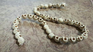 "Skull Beads White Skull Beads Full Strand 16"" 40 pieces Howlite Skull Beads 9mm Beads 9mm Skull Beads Vintage White Beads Wholesale Beads"