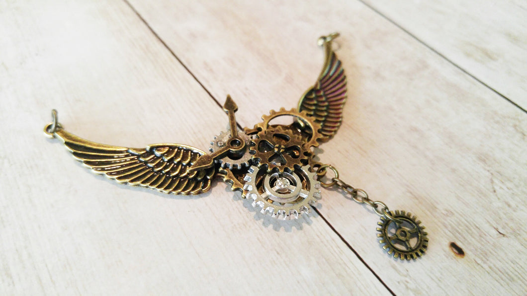 Steampunk Pendant Flying Gears Charm Connector Pendant Gears Pendant Steampunk Gears with Wings Focal Pendant Winged Gears